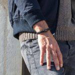 Angelegtes Armband Fischers Fritze Torpedomakrele schwarzer Magnetverschluss aus Segeltau dunkelrot schwarz